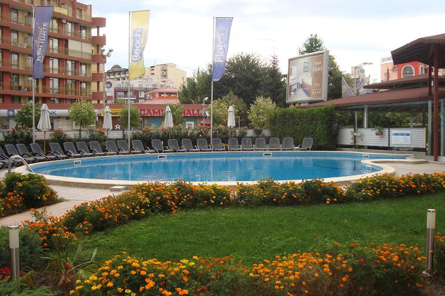 Flores_Park_Sunny_Beach1